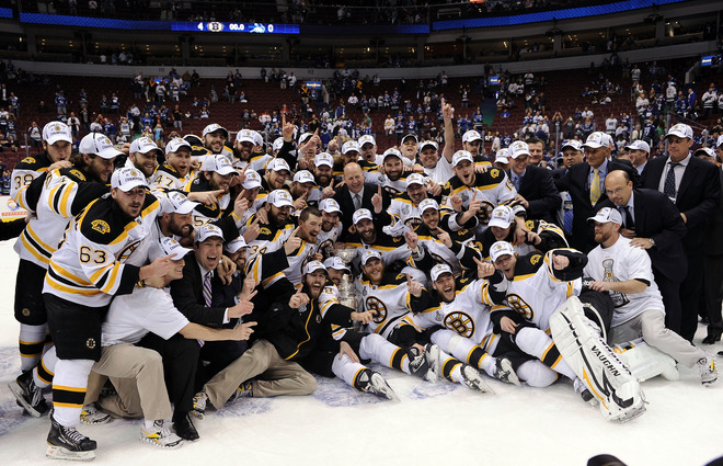 Bruins with cup