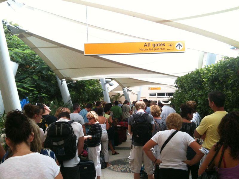 Aruba Airport 3