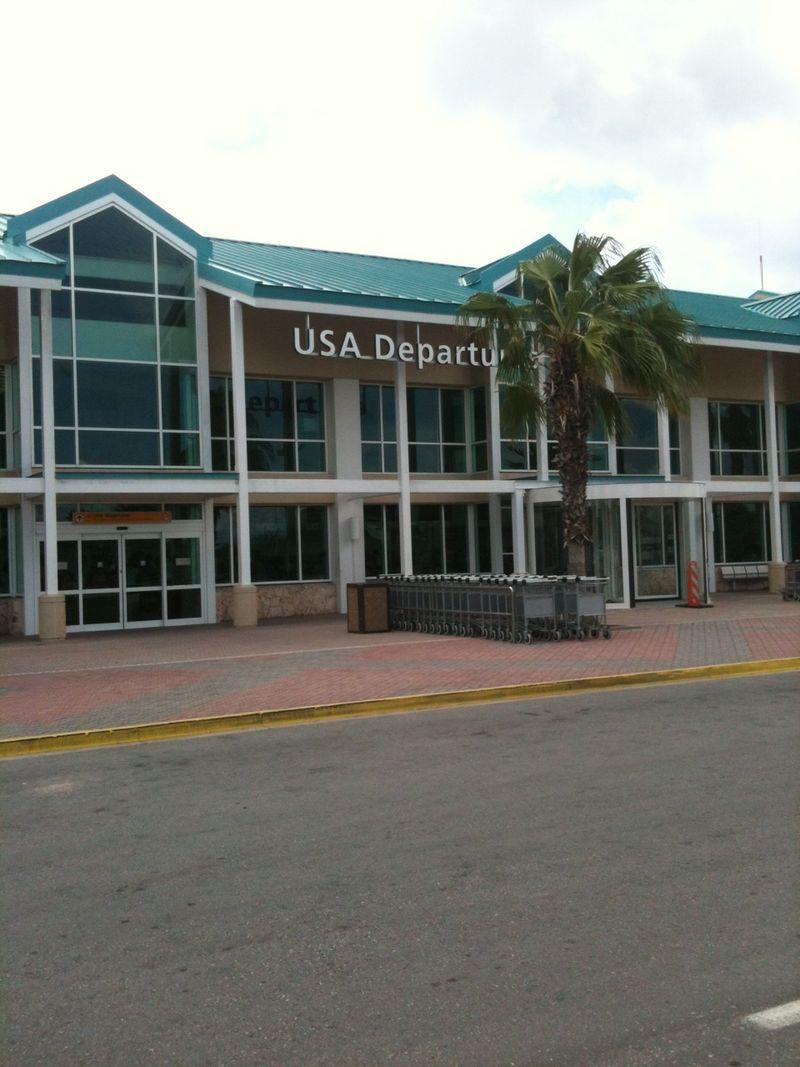 Aruba Airport 4